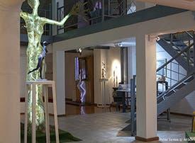 Beneficios en Museo Lucy Mattos Arte Contemporáneo