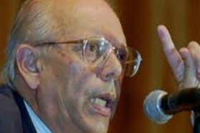 Jorge Batlle volvió a criticar la dirigencia argentina, en particular a la presidenta Cristina Kirchner