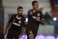 Tigre-Lanús: con un gol de Sand de penal, el Granate sacó más ventaja en Victoria