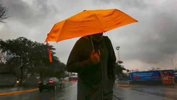 El Servicio Metereológico Nacional pronosticó un fin de semana de lluvia en Buenos Aires