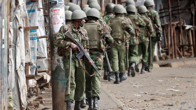 Aumentan los reportes de muertos en medio de las protestas por la reelección del presidente Uhuru Kenyatta
