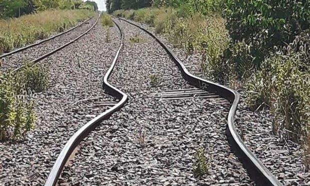 Se dilataron las vías del tren Sarmiento por el intenso calor