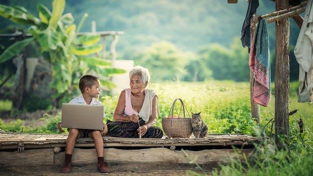 Para no perder la lucidez una de las claves es mantenerse activo, escribir, leer y tener proyectos