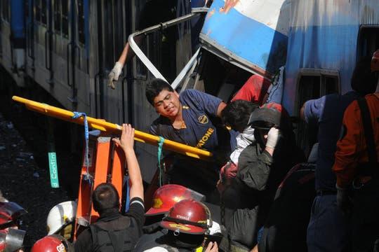 Un tren no logró frenar al llegar a la estación de Once, hay cientos de heridos y varios muertos. Foto: Archivo