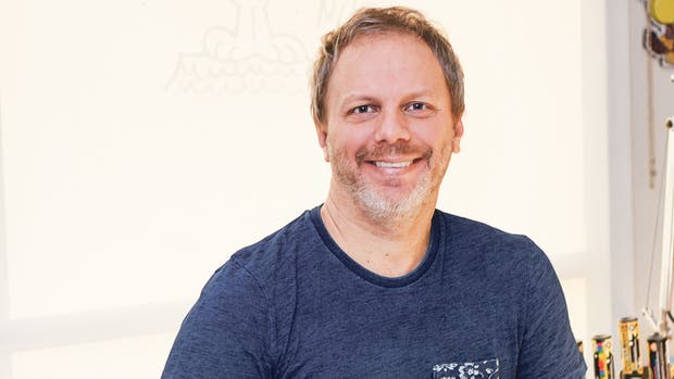 Nik, un ociólogo que incluso en su tiempo libre está atento a nuevas ideas