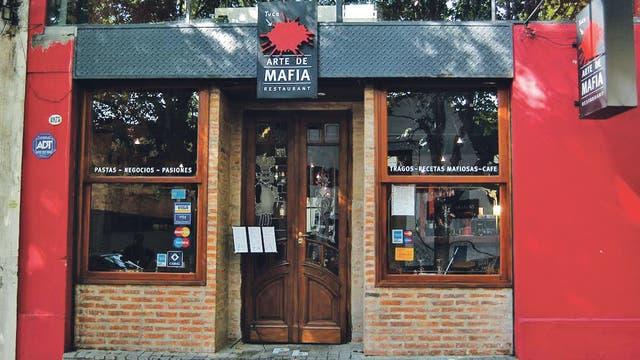 Italiano y también temático mafioso, la propuesta de Arte de Mafia