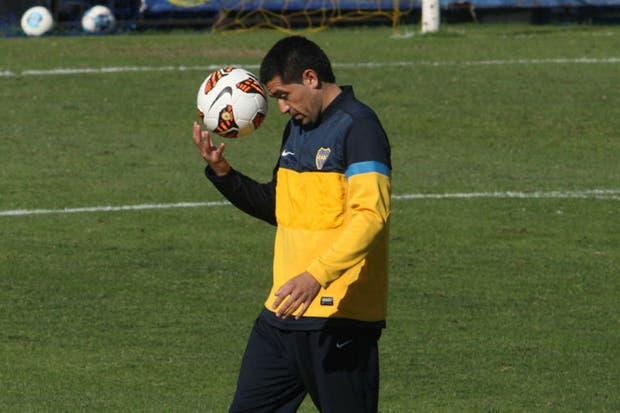 Riquelme sólo tiene en la cabeza la Copa Libertadores