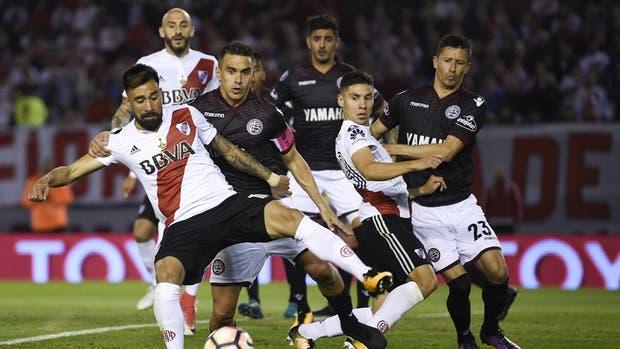 Lanús y River definen al finalista argentino de la Libertadores