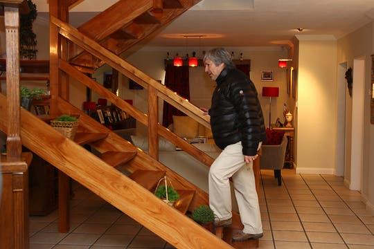 La casa tiene detalles de madera en todos sus ambientes. Foto: LA NACION / Horacio Córdoba