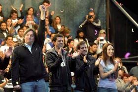 Máximo Kirchner y algunos de los referentes de La Cámpora, el sábado pasado, en el acto en Argentinos Juniors
