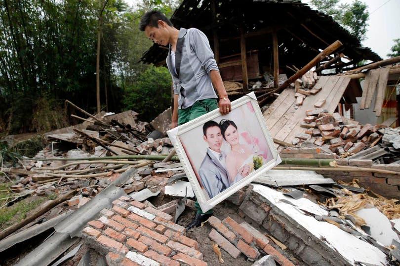 En las aldeas más dañadas casi todas las edificaciones de baja altura colapsaron por el temblor. Foto: Reuters