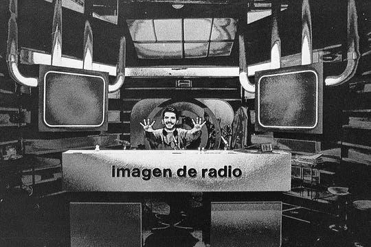 Aquí, en su programa Imagen de Radio, en 1988. Foto: Archivo