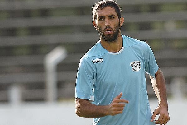 Hernán Menosse es nuevo jugador de Granada