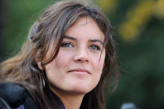 La belleza de Camila Vallejo se destaca junto a sus ideas claras y firmes sobre el movimiento estudiantil chileno. Foto: Archivo