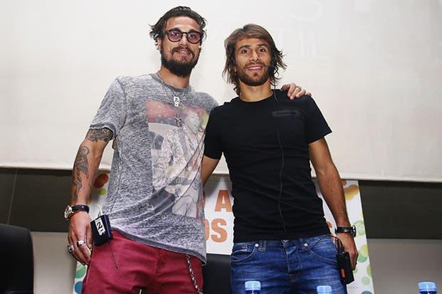 Daniel Osvaldo junto a Leo Ponzio en la previa del superclásico