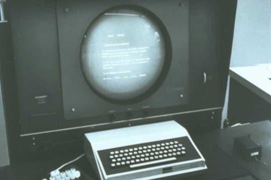El equipo utilizado para poner a prueba el incipiente prototipo de mouse de Engelbart. Foto: Gentileza Stanford Research Institute