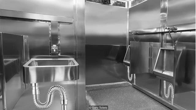Un baño autolimpiante hecho por Garv