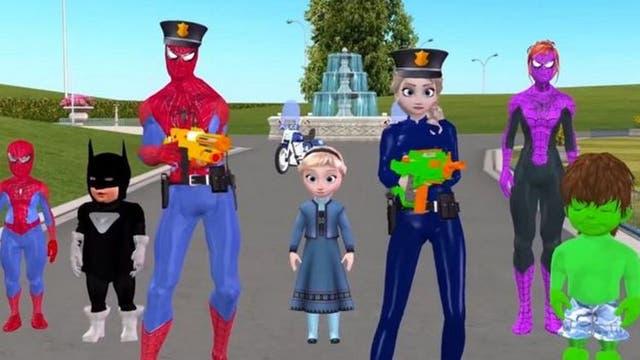 """En otro video, Spiderman y Elsa, de """"Frozen"""", aparecen usando armas de fuego"""