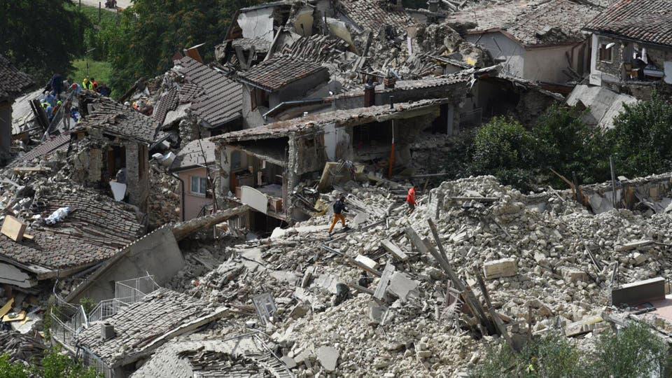 El difícil acceso a estas zonas dificulta las tareas de rescate. Foto: AP / Crocchion