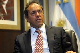 Daniel Scioli decretó el asueto en la Provincia por el temporal de La Plata.