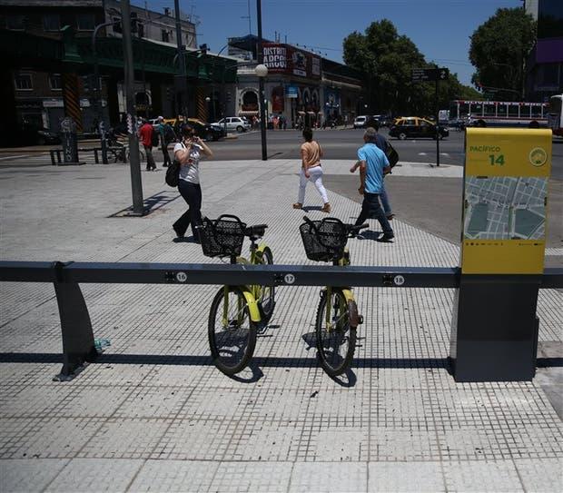 Conseguir una bici pública suele ser difícil