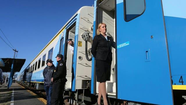 En su viaje inaugural el tren partió de Constitución e hizo su primera parada en Brandsen