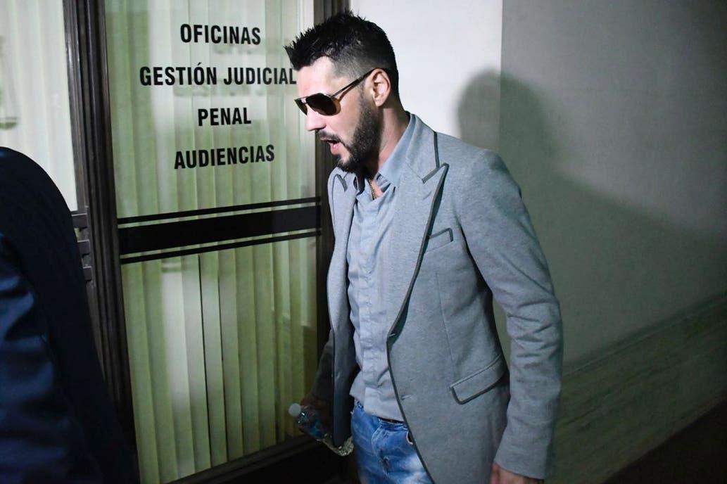 Matías Messi sigue libre pero sin poder salir del país