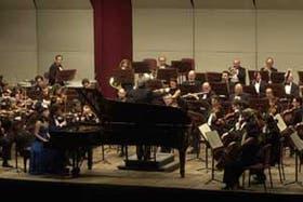 Paula Peluso y la Orquesta Sinfónica Nacional, en el concierto Schumann