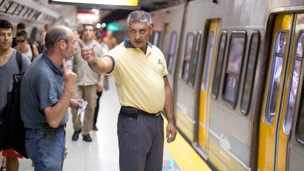 Jorge Antonio Silva, auxiliar de la estación Carranza de la línea D