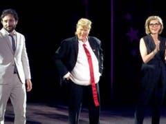 Meryl Streep parodiando a Donald Trump