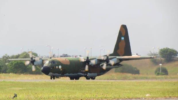 Un avión Hércules C130 de la Fuerza Aérea Argentina