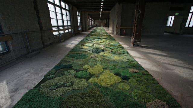Caminos tejidos en lana en el taller de Alexandra Kehayoglou