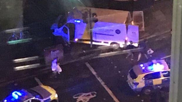 La policía cree que los terroristas querían alquilar un camión de 7,5 toneladas para hacer más daño