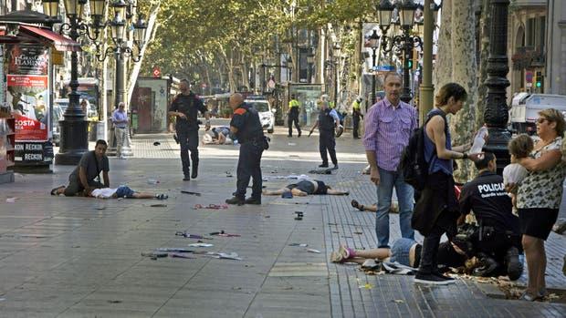 Barcelona: polémica por el traslado de mujer argentina herida en La Rambla
