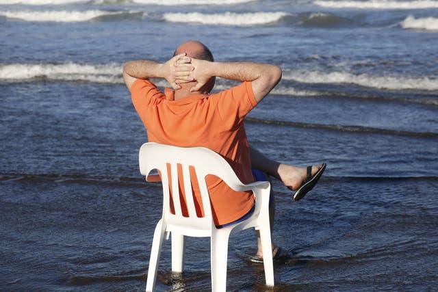 Todos los años desde hace cuatro décadas, Carlos Rottemberg se instala en Mar del Plata y pasa toda la temporada allí, en un departamento en Playa Grande que es su segundo hogar desde 1991