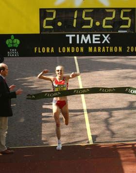 Paula Radcliffe y su récord: 2h15m25s