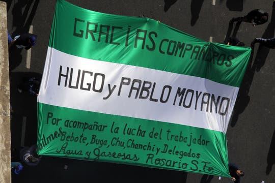Miles de manifestantes llegaron a la Plaza de Mayo; Moyano encabezará el acto de protesta convocado por la CGT. Foto: LA NACION / Sebastián Rodeiro
