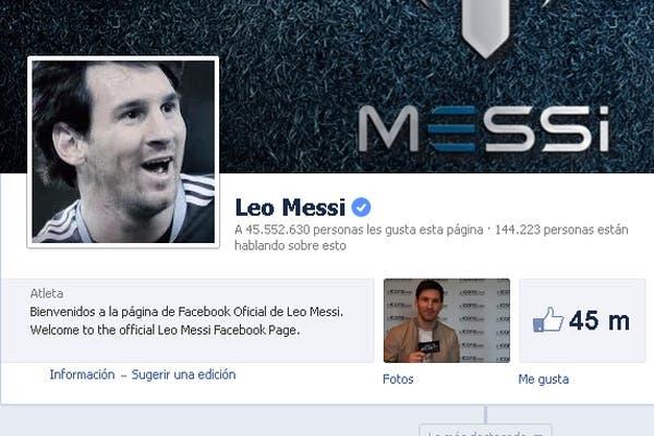 Leo Messi, uno de los primeros en tener su cuenta verificada en Facebook (el icono azul al lado del nombre)