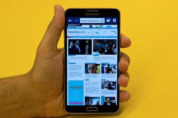 El Samsung Galaxy Note 3 tiene una pantalla de 5,7 pulgadas, 3 GB de RAM y un chip de 8 núcleos