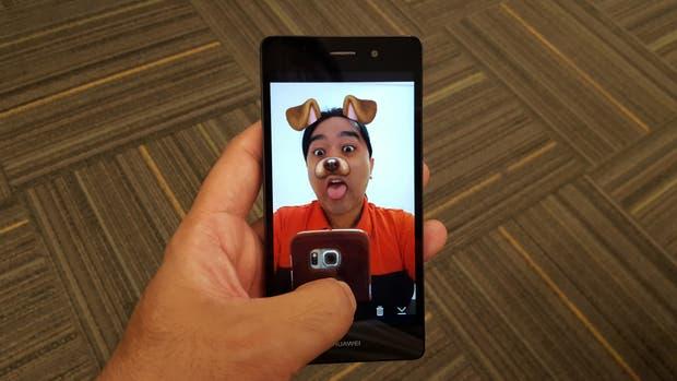 Uno de los filtros disponibles en Snapchat para crear selfies animadas