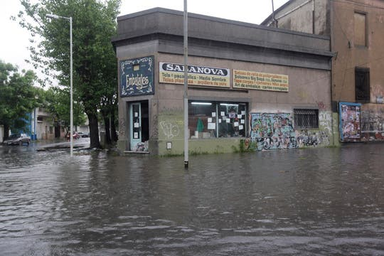La zona sur también se vio afectada por las inundaciones. Foto: LA NACION / Silvana Colombo