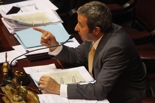 El presidente del Senado, Julio Cobos, quién ya aplicó la modalidad de servicio cívico voluntario en Mendoza. Foto: LA NACION / Hernán Zenteno