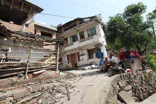 Un terremoto de magnitud 6,6 en la escala de Richter sacudió al suroeste de China.