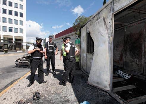 Una dependencia de la Metropolitana también fue destrozada. Foto: LA NACION / Soledad Aznarez