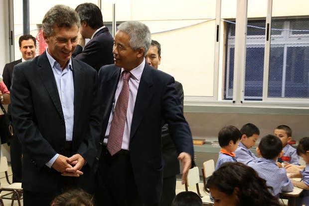 El jefe de gobierno porteño, Mauricio Macri, junto al embajador chino, Yim Hegmin, en la inauguración de la escuela bilingüe