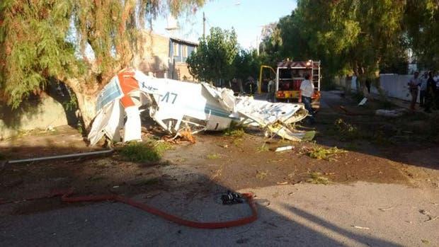 La avioneta cayó en el barrio Pocito en la provincia de San Juan