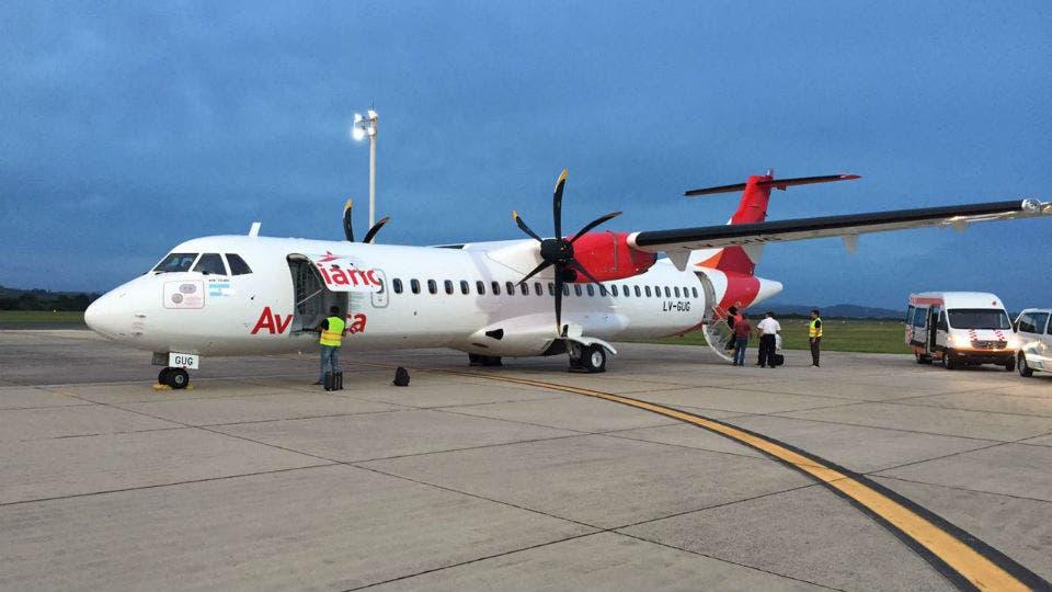 Avianca prepara su primer avión para volar en la Argentina..