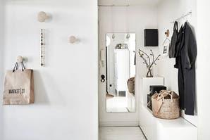 Dos alternativas low cost para decorar un hall de entrada