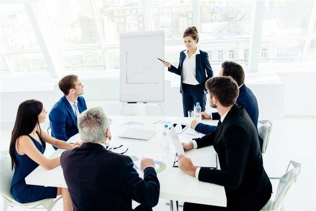 En países como Reino Unido y EE. UU. hay organizaciones de mujeres que exigen una cuota de 30% en los directorios de empresas