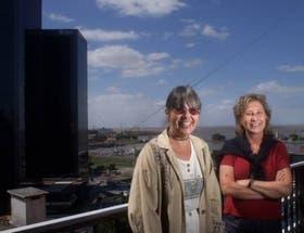 Graciela Montes y Ema Wolf, del mar a la navegación por la Web